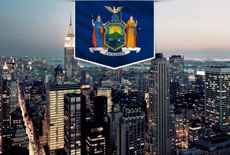 фото флага открытия компании в Нью-Йорке