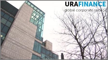 Фото здания открытия банковского счета в Чехии UraFinance